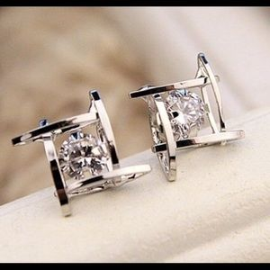 Jewelry - Swarovski Crystal earrings ,White Gold Plated